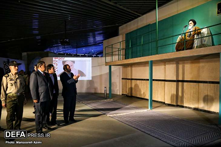 images/Bolivia army commander visited from the museum of the Islamic revolution and the sacred defense